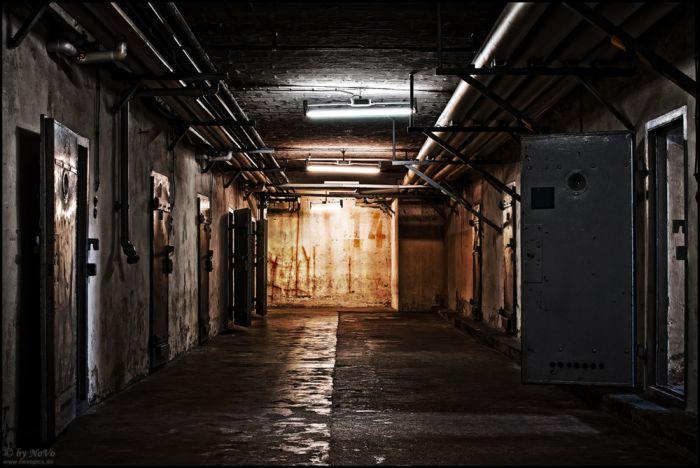 Berlin-Hohenschönhausen Stasi Prison (38 pics)