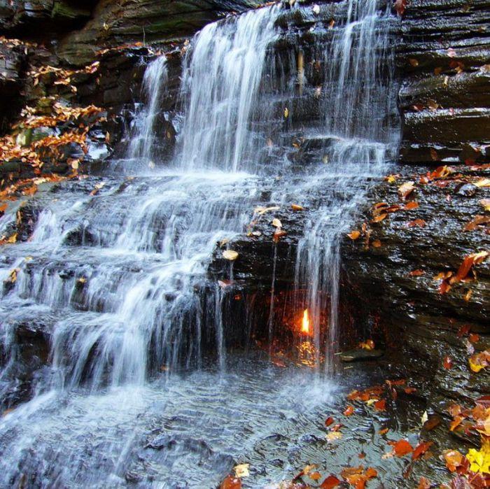 Eternal Flame Falls (5 pics)