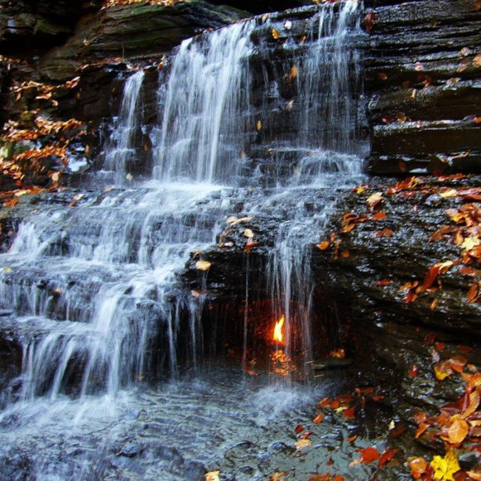 Eternal Flame Falls (5 pics)