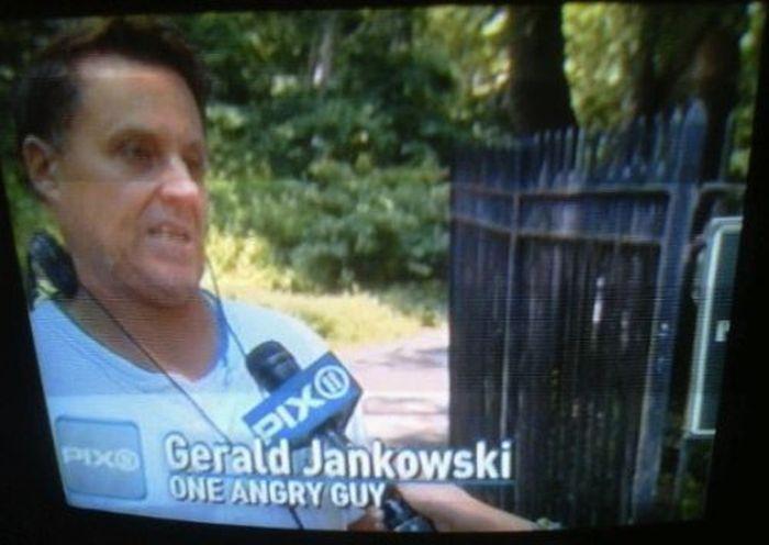 Funny TV News Moments (32 pics)