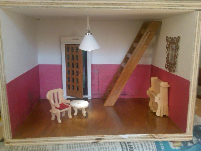 Fairy Room Inside a Wall (19 pics)