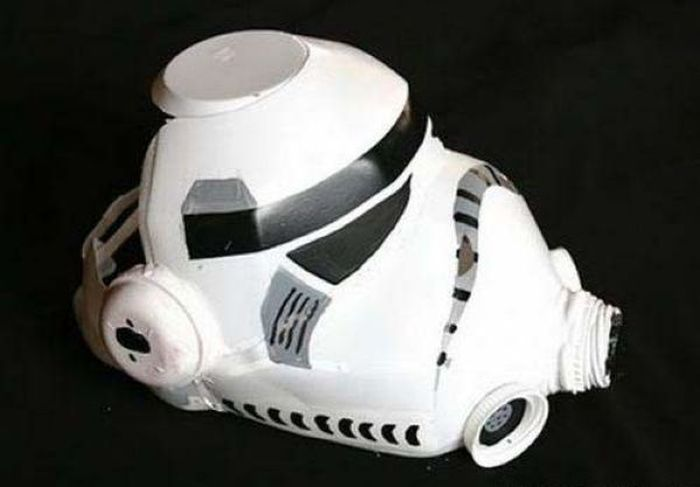 DIY Trooper Mask (10 pics)
