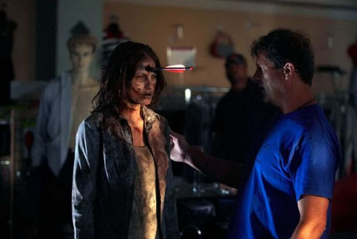"Behind the Scenes of  ""The Walking Dead"" (50 pics)"
