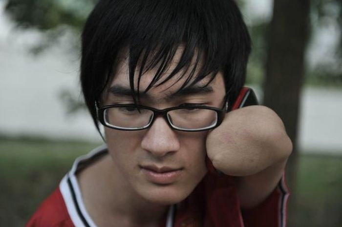 Story of Fan Ling (17 pics)