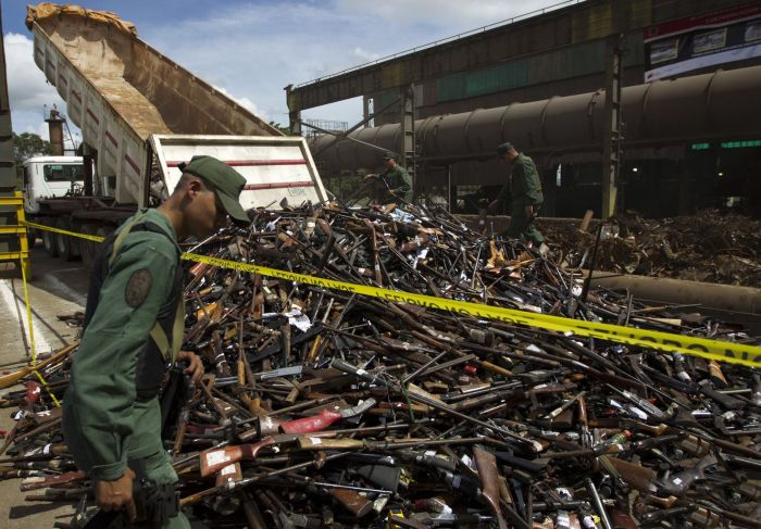 Illegal Arms Destroyed in Venezuela (7 pics)
