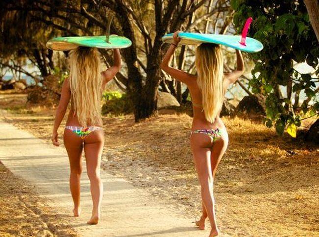 Surfer Girls (40 pics)