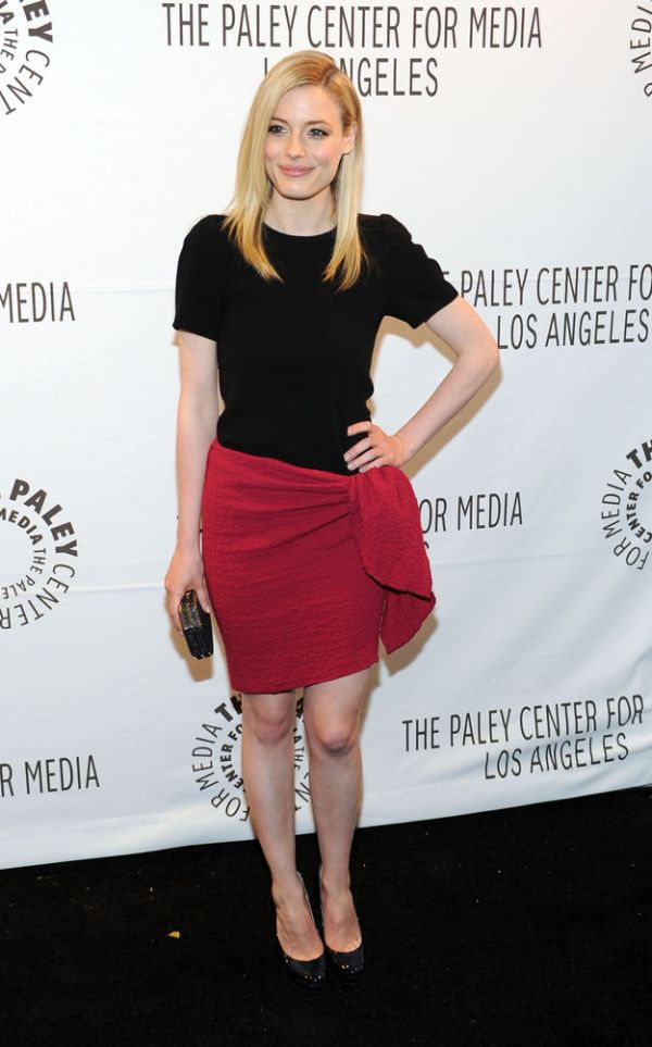 Gillian Jacobs Then and Now (4 pics)