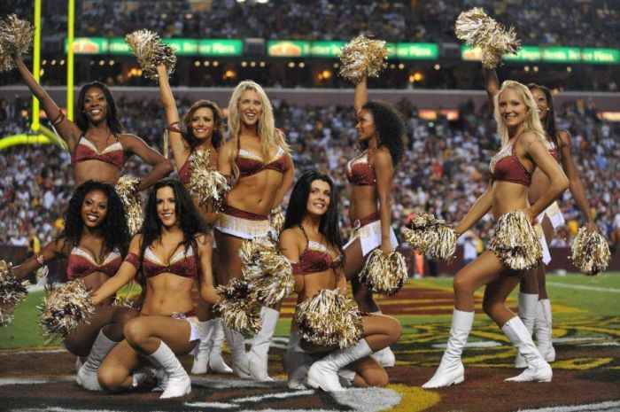 Redskins Cheerleaders (75 pics)