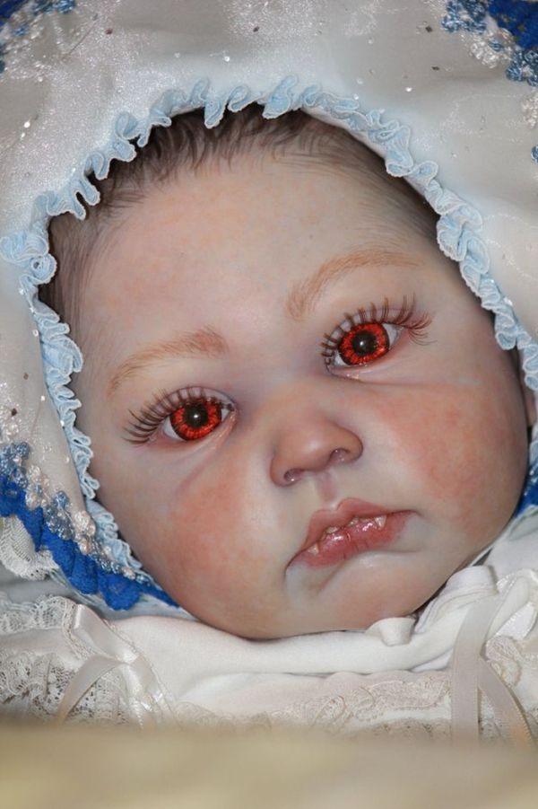 Κούκλες βαμπίρ (10 pics)