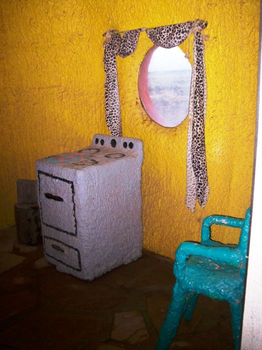 Abandoned Flintstones Amusement Park (42 pics)
