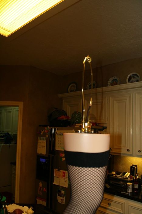 DIY Christmas Story Leg Lamp (42 pics)