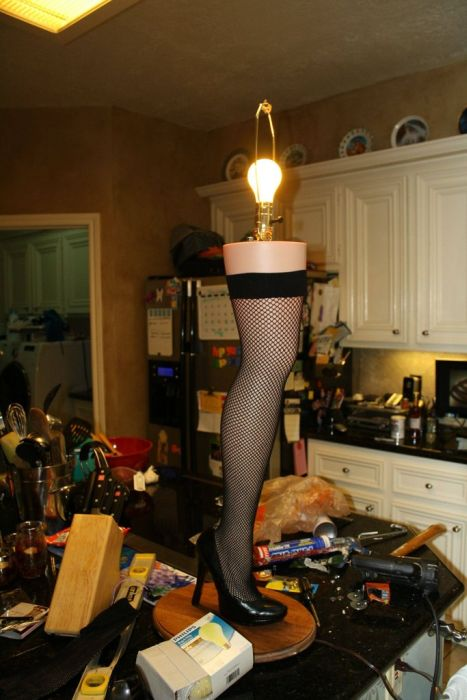 DIY Christmas Story Leg Lamp (42 pics)