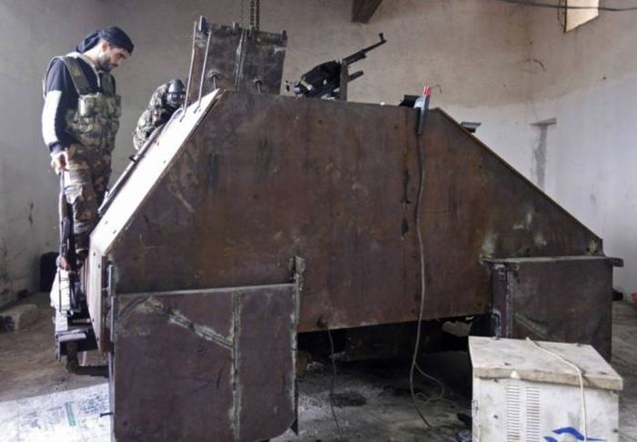 "Syria's Homemade ""Sham 2"" Tank (7 pics + video)"