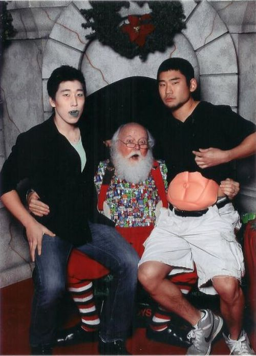 Photos with Santa(6 pics)