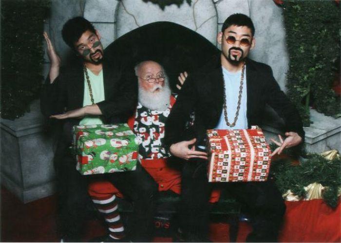 Photos with Santa(6 pics)