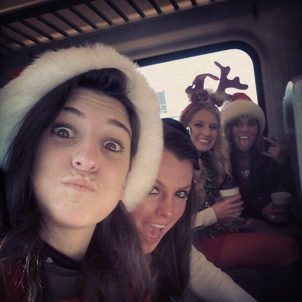The Duck Faces Of SantaCon (24 pics)