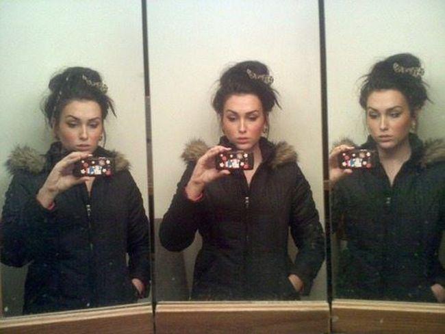 Mirror Girls (40 pics)