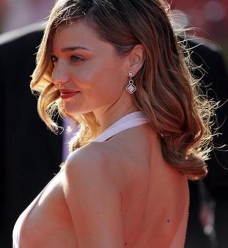 Super Sexy Side Boobs (35 pics)