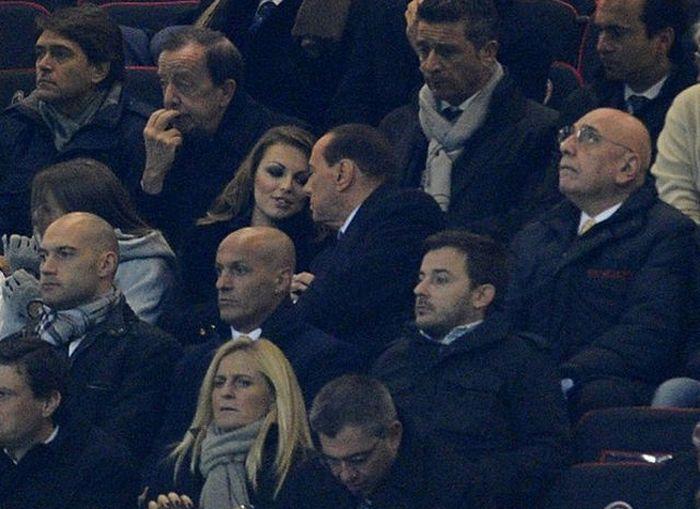 Photos of Francesca Pascale, Berlusconi's Bride (18 pics)