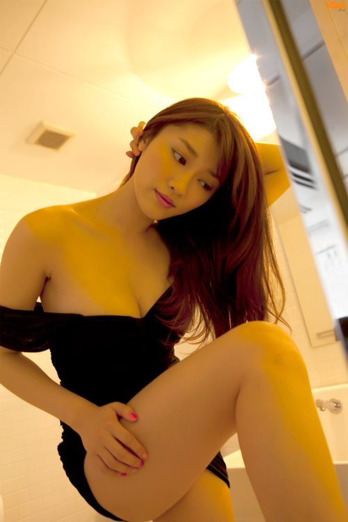 Asian Girls (37 pics)