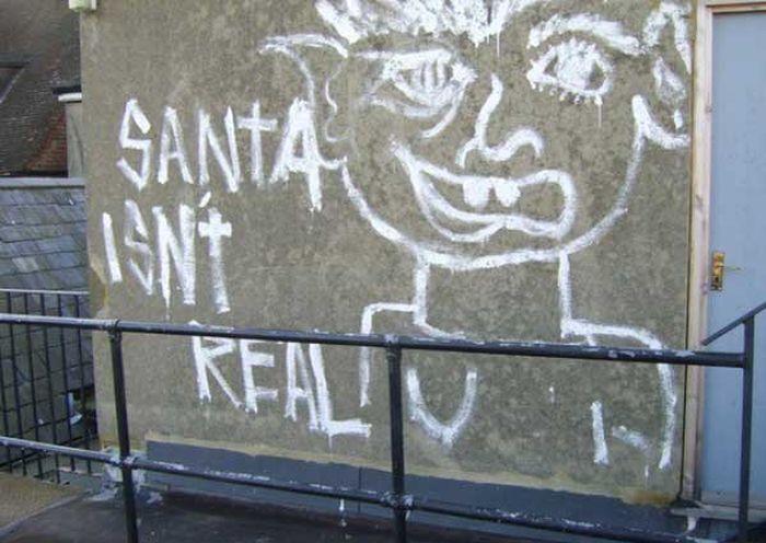 Graffiti Artist vs a Vandal (2 pics)