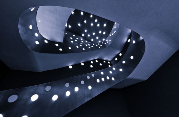 Spiral Staircase Photos (20 pics)