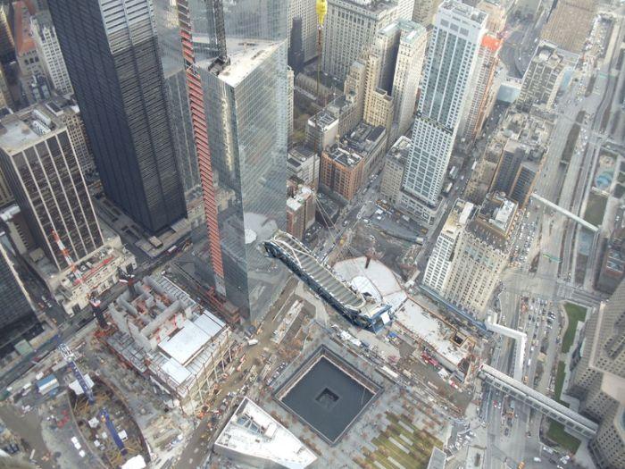 Escalator for WTC (10 pics)