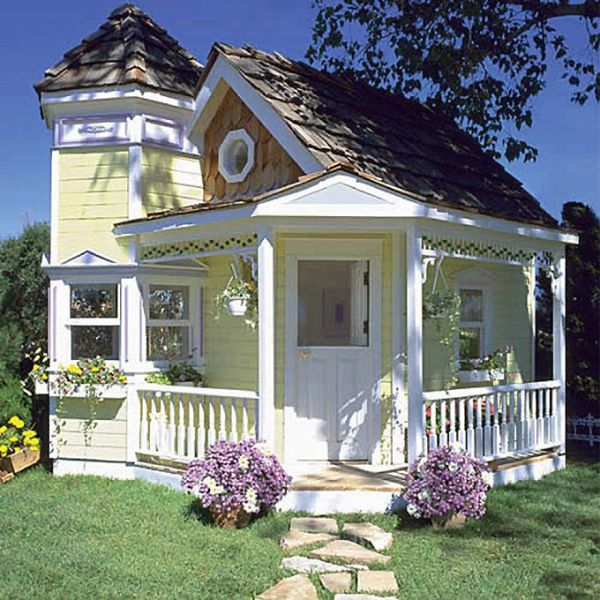 Playhouse for Suri Cruise (9 pics)