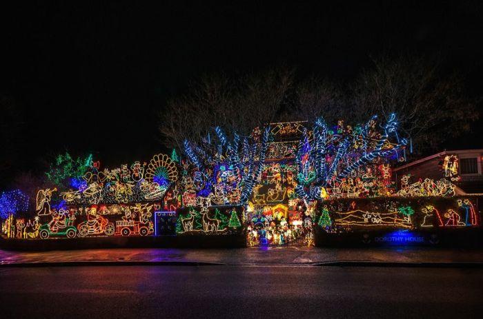 Beautiful Christmas Lights (68 pics)