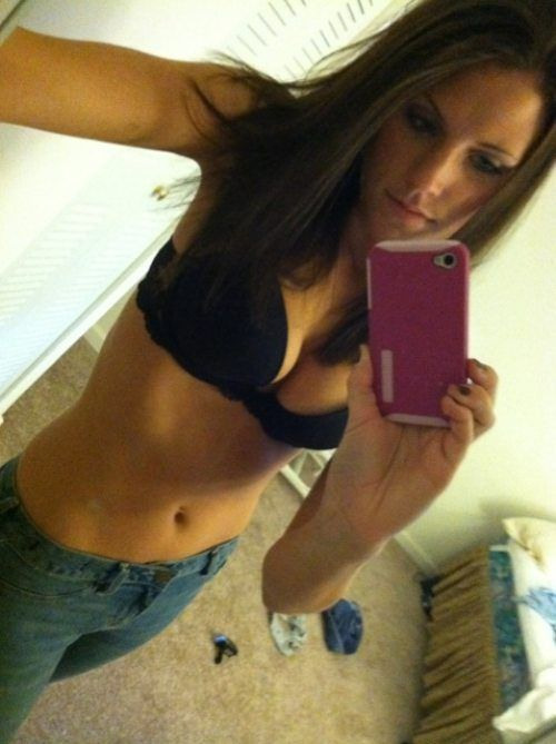 Hot Girl Mirror Self Shots (38 pics)