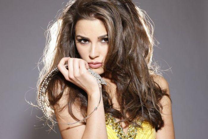 Photos of Olivia Culpo, Miss Universe 2012 (24 pics)