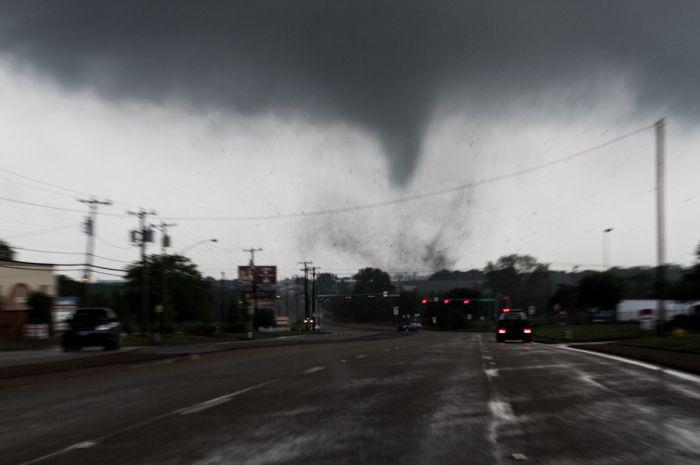 The Texas Tornado (18 pics)