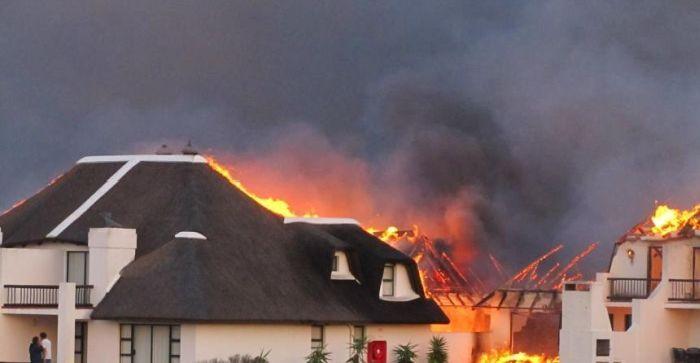 Fire in Johannesburg (35 pics)