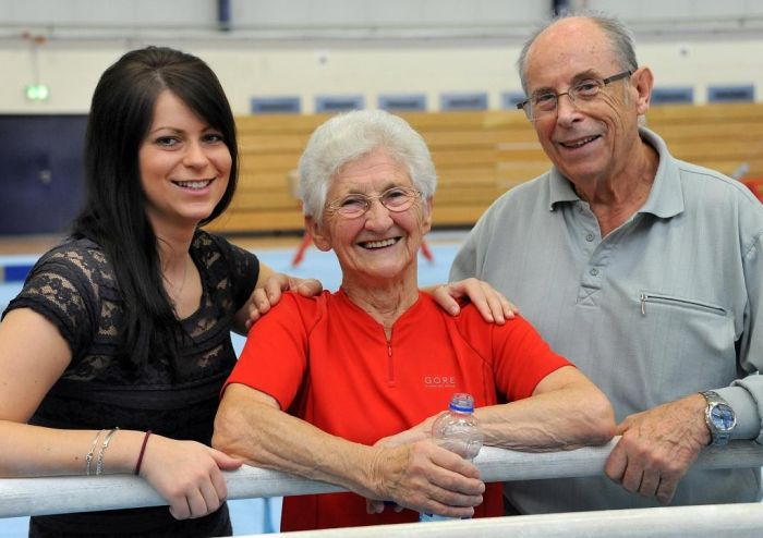 86-Year-Old Grandma Still Doing Gymnastics (24 pics)