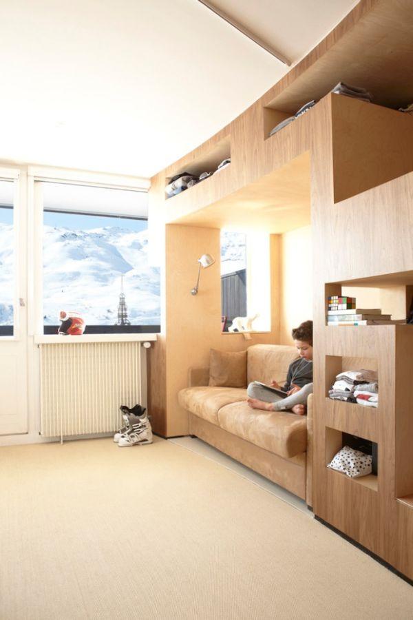 Furniture Inside the Walls (11 pics)