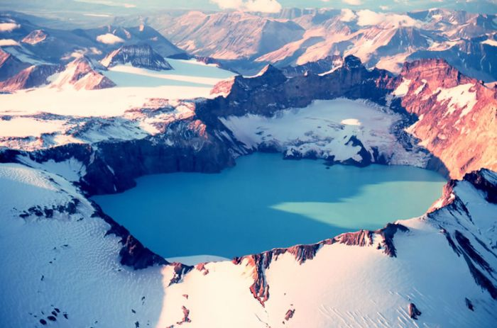 The Most Beautiful Crater Lakes (39 pics)