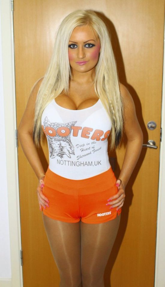 Charlotte Poole. Barbie Girl with Two University Degrees (25 pics)