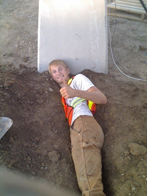 Funny and Sexy Moments at Work (32 pics)