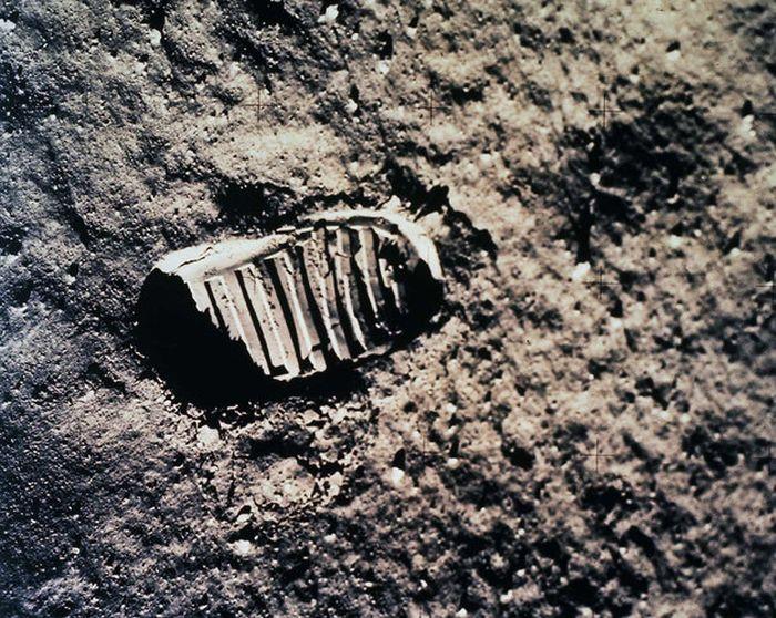 Apollo Moon Missions (49 pics)