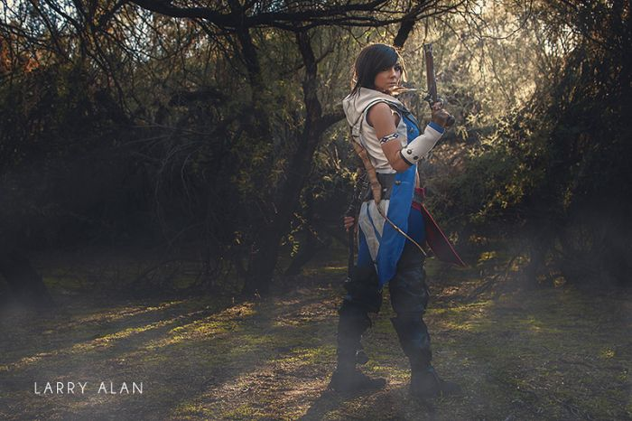 Assassin's Creed Cosplay Costume (7 pics)