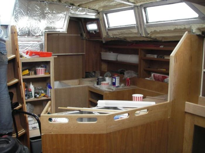 Self-Build Boat (72 pics)