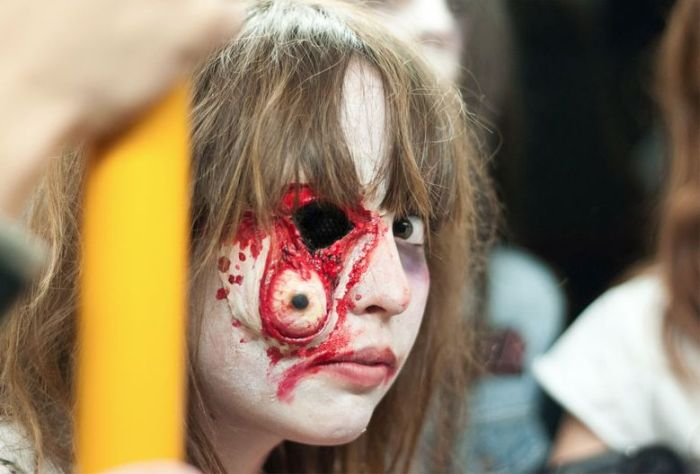 The Best of Zombie Makeups (20 pics)