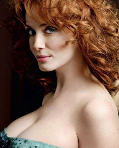 Photos of Christina Hendricks (39 pics)