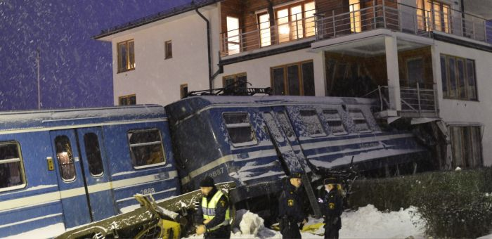 Stolen Train Crashes Into Home in Sweden (14 pics)