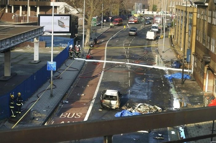 London Helicopter Crash (21 pics + 2 videos)
