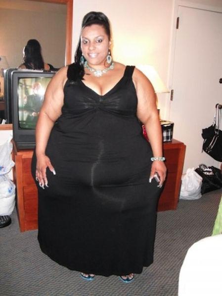 World's Widest Hips (10 pics)