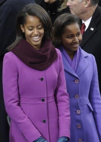 Sasha and Malia Obama, 2009 vs 2013 (2 pics)