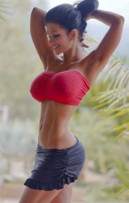 We Can't Get Enough of Busty Girls (45 pics)