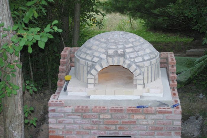 DIY Outside Pizza Oven (16 pics)
