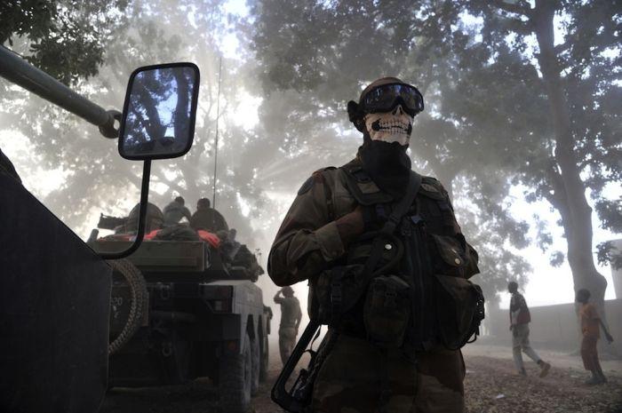 """Call Of Duty"" Skull Mask (4 pics)"
